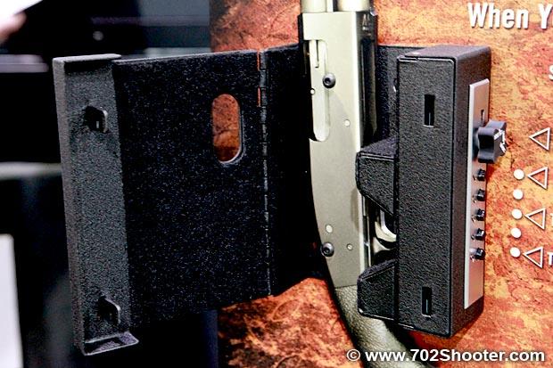 Truck Vault Shotlock Solo Vault At 2011 Shot Show 702
